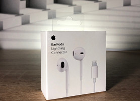 Наушники Apple EarPods lightning