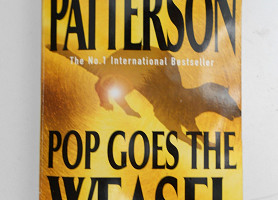 Книга Pop Goes the Weasel Прыжок ласки James Patterson